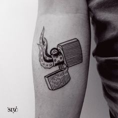 #sixo #tattoo #thetattooedlady #montreuil #tattooresearchlab #blackworkers #zippo #tentacles #tentacules
