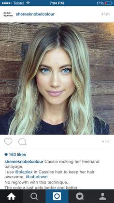 Blonde balyage hair