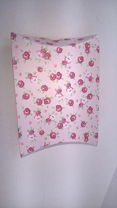 Pillow Boxes, Party Boxes, Boxes, Favour Boxes, Gift Boxes, Boxes, Jewellery Gift Boxes, Jewelry Gift Boxes, Favour boxes, gift wrapping.