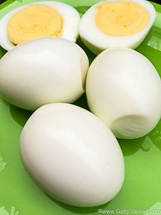 To get easy peel hard boiled eggsthat don't have rubbery egg whites, dry chalky yolks, dark green rings and are easy to peel, follow these tips.