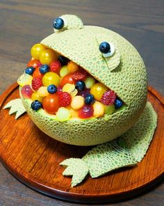 Leap Year Frog Party Food Ideas — Washoku provides full instructions for this frog-shaped melon bowl.