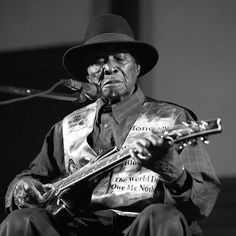 "David ""Honeyboy"" Edwards (June 28, 1915 – August 29, 2011) was a Delta blues guitarist and singer.  Edwards was born in Shaw, Mississippi. Edwards was 14 years old when he left home to travel with blues man Big Joe Williams.  He performed with famed blues musician Robert Johnson with whom he developed a close friendship. Honeyboy was present on the night Johnson drank poisoned whiskey which killed him, and his story has become the definitive version of Johnson's demise."