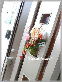 Floral houseオリジナル お正月飾りアーティフィシャルフラワー(造花)でお正月飾りを作りました。毎年恒例の人気作品です淡いピンク色がキュートです^...|ハンドメイド、手作り、手仕事品の通販・販売・購入ならCreema。