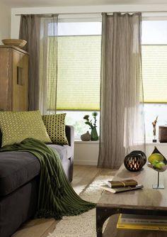 Visillo/Cortina: Script   Cojines/Coixins: Beletage Color. #saum #viebahn #ontario #fabrics #decoración #decoració #hogar #llar #casa