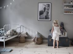 Hollies place! ______________________________ #kidsroom #barnrum…