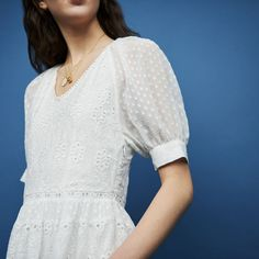 REVERY Short embroidered dress