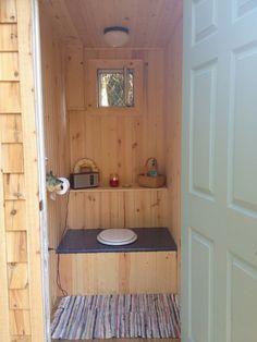 Best outhouse in the UP! Cabin Bathrooms, Outdoor Bathrooms, Outdoor Garden Bar, Casas Country, Small Cottage Designs, Outhouse Bathroom, Outhouse Ideas, Outhouse Decor, Toilet Installation