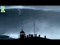 ▶ Carlos Burle Surfs the biggest wave ever in NAZARÉ 28/10/2013- NORTHCANYONSHOW - 1080p - YouTube