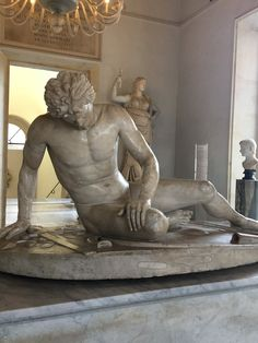the Dying Gaul - Musei Capitolini (Piazza Campidolio) , Roma (y) Rome Attractions, Classical Antiquity, Online Tickets, Dead Man, Art History, Inventions, Trip Advisor, Galleries, Lion Sculpture