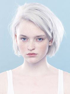 Based in Edinburgh Victor Albrow is a photographer who creates artistic and commercial images. Modelo Albino, Grey White Hair, Black Hair, Albino Girl, Girl Hairstyles, Wedding Hairstyles, Albino Model, Skin Shades, Long Dark Hair