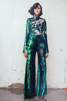 London Fashion Week Fall Vogue Runway's Editors React London Fashion, High Fashion, Fashion Show, Fashion Outfits, Fashion Design, Winter Fashion, Disco Fashion, Fashion Weeks, Fashion Spring