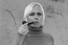 I like - Photographer - Eric Rose Women Smoking Cigars, Smoking Ladies, Cigar Smoking, Girl Smoking, Smoking Pipes, Smoking Room, I Quit Smoking, Briar Pipe, Pipes And Cigars