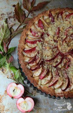 Kermaruusu: Mehevä omenapiirakka - 9-vuotiaalle blogilleni Pie Co, Sweet Pastries, Apple Pie, Vegetable Pizza, Quiche, Camembert Cheese, Food And Drink, Baking, Breakfast