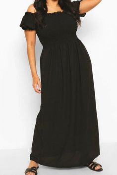 Womens Plus Shirred Off The Shoulder Beach Maxi Dress - black - 22 - boohoo Plus You'll find full on fashion for the fuller figure with the boohoo Plus range. Delivering directional designs for UK sizes 16 to 24, this ultra-flattering collection combines perfectly proportioned fits with statement styles so that you can stay on top of this season's trends. Beach Outfits Women Plus Size, Beach Outfits Women Vacation, Uk Size 16, Full Figured, Boohoo, Dress Black, Off The Shoulder, Short Sleeve Dresses, Range
