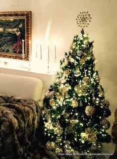 Arbol de Navidad y decoracion navideña Christmas Tree, Holiday Decor, Home Decor, Merry Christmas, Teal Christmas Tree, Decoration Home, Room Decor, Xmas Trees, Christmas Trees