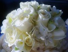 White flowers wedding bride bouquet pics