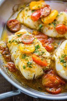 A quick and easy recipe for Pan-Seared Cod in White Wine Tomato Basil Sauce! Pan-Seared Cod in White Wine Tomato Basil Sauce - 22 Heavenly Cod Fish Recipes: Seafood Satisfaction Tomato Basil Sauce, Cherry Tomato Sauce, Cooking Recipes, Healthy Recipes, Simple Fish Recipes, Italian Fish Recipes, Recipes For Fish, Recipes Dinner, Dinner Ideas
