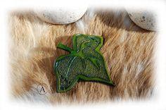 Barrette à cheveux feuille de lierre vert pour femme par ALeatherCC