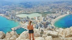 Located on the Costa Blanca of Spain, the city of Calpe is home to one of the most amazing hikes and views in all of Spain. Travel Around The World, Around The Worlds, Moraira, Alicante Spain, Spain And Portugal, Best Hikes, Spain Travel, Bucket Lists, Tower Bridge
