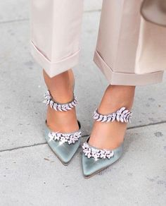 Sparkles and shine on the feet from Shop all of Manolo Blahnik at Barneys now! Manolo Blahnik Sandals, Manolo Blahnik Hangisi, Bride Shoes, Wedding Shoes, Designer Heels, Fashion Heels, Dream Shoes, Luxury Shoes, Sparkles
