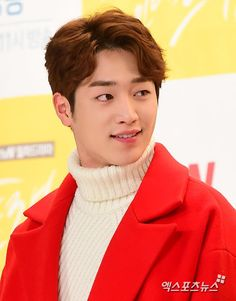 "Seo Kang-joon may co-star with Hwang Jung-eum in MBC's new drama. Seo Kang-joon's agency Fantagio told Xports News on January ""Seo Kang-joon has been offered a leading role for MBC's new Mond. Gong Seung Yeon, Seung Hwan, Seo Kang Jun, Seo Joon, Asian Actors, Korean Actors, Cunning Single Lady, Kdrama, Actor"