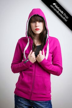 #Recolution - #Basic - Frauen Zipper - magenta - 89,90€ - 100% organic cotton and fairtrade - Versand kostenlos