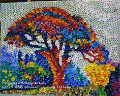 """Paul Signac """"Le pin Bertaud""""  Le tableau a ete realise par les eleves de l'ecole moscovite №686 """"Klass-center"""" et leurs parents.  #686klasscenter, #recyclagebouchon, #bouchonsplastique, #ecoart, #recyclageartistique, #bouchonplastique"""