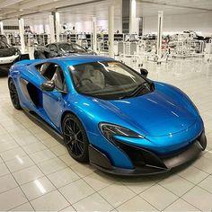 McLaren 675 LT in MSO Cerulean Blue