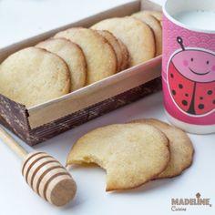 Fursecuri cu miere pentru copii / Toddler honey cookies - Madeline's Cuisine