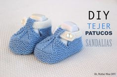 Discover thousands of images about DIY Cómo tejer patucos sandalia para bebe (patrones gratis) Baby Knitting Patterns, Knitting For Kids, Crochet For Kids, Knit Baby Booties, Crochet Baby Shoes, Baby Boots, Knitted Baby, Booties Crochet, Crochet Slippers