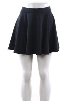 Feminine and flirty black skater skirt. Polyester / Rayon / Spandex.