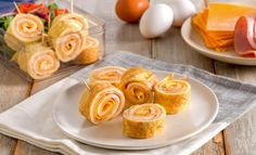 Ham and Cheese Omelette Roll-Ups Wrap Recipes, Egg Recipes, Cooking Recipes, Cooking Food, Omelettes, Ham And Cheese Omelette, Cake Ingredients, Breakfast Recipes, Breakfast Ideas