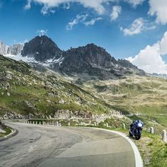 Who is going to the Alps during the Summer? Don't miss the Furka pass 🇨🇭🇨🇭 if you're around! Awesome scenery and great pleasure to ride! Link in bio  Where are you going next?  @BridgestoneMoto | @Motul | @AraiEU   #motorcyclediaries #explore #motorrad #advriders #landscape #roads #roadtrip #curves #bestbikingroads #biker #adventureseeker #neverstopexploring #instamotogallery #exploremore #instamoto #rideout #whyweride #travel #travelphotography #photography #quote #photooftheday…