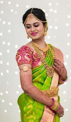 Beautiful Bridal Blouse Designs for South India - Indian Fashion Ideas Indian Bridal Sarees, Indian Beauty Saree, Wedding Sarees, Wedding Blouses, Indian Wedding Couple Photography, Wedding Saree Blouse Designs, South Indian Bride, Kerala Bride, Hindu Bride