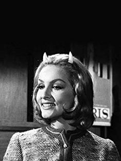 Catwoman in the Twilight Zone, Julie Newmar stars with Albert Salmi in an hour-long episode, Of late, I think of Cliffordville Quatrième Dimension, Zone Tv, James Gordon, Twilight Zone Episodes, Robin, Julie Newmar, Psychological Horror, Anthology Series, Batman