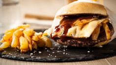 Burger mit Soße
