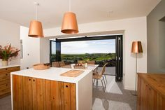 Beautiful Stone Cottage - sleeps 6/7 beside beach - Häuser zur Miete in Roundstone, Galway, Irland Old Cottage, Modern Cottage, Modern Farmhouse, Modern Kitchen Design, Modern Design, Modern Kitchens, Kitchen Designs, Cottage Design, House Design