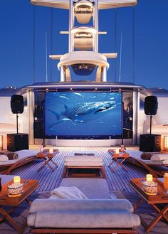 Check this amazing yacht. For more great yacht pictures, or to get info about this model, visit www.luxurysafes.me/blog/