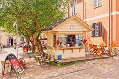 """子どもといきたい旅先として〈MilK JAPON〉が今最も注目しているフィンランド。<a href=""""http://milkjapon.com/backnumber/milk-japon-34spring-summer-2017/"""" class=""""underbar"""">雑誌MilK JAPON 34号</a>でも「子どもと歩くヘルシンキの街」として、ファッションから雑貨、食までのオススメスポット19箇所をご紹介しています。"""