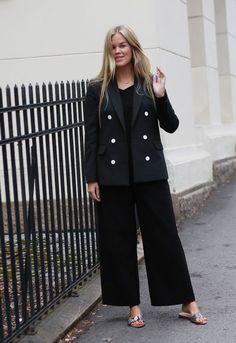 BLAZE (R) (Elen) My Style, Pants, Outfits, Fashion, Trouser Pants, Moda, Suits, La Mode, Women's Pants