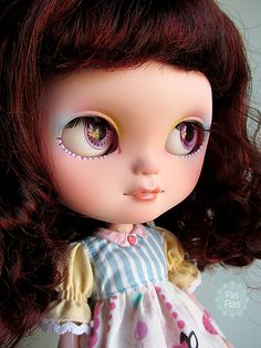 She wants a new family! Icy Girl Doll