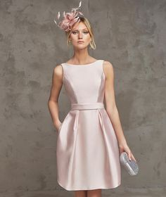 Simple-Dress offers Prom Dresses UK, Special Occasion Dresses, Designer Wedding Dresses, Wedding Party Dresses and Bridal Accessories With cheap prices. Elegant Dresses, Pretty Dresses, Beautiful Dresses, Cocktail Outfit, Short Cocktail Dress, Cocktail Dresses, Homecoming Dresses, Bridesmaid Dresses, Wedding Dresses