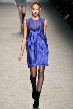 Stella McCartney Fall 2009 Ready-to-Wear Fashion Show - Eniko Mihalik