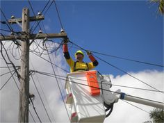 Level 2 Electrician Sydney: Ways to Assess a Professional Power Pole Repair Co...