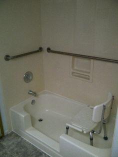 Handicap showers and tubs - Confidential handicap accessible ...