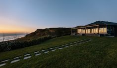 Castaways' stunning cliff top ocean front venue can seat up to 120 guests for weddings, private events such as engagement parties, anniversaries, vow renewals, or birthdays.
