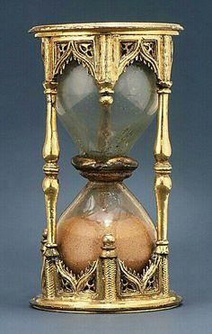 bohemian elegance ~ hourglass