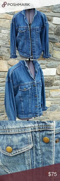 """Vintage oversized jean jacket Calvin Klein vintage oversized jean jacket, 100 % cotton, adjustable back with snap, 2 front snap pockets. Shoulder to sleeve 20"""" , bottom waist band 19 """" across, great condition!! Calvin Klein Jackets & Coats Jean Jackets"""