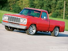 We check out Josh Hewitt's Dodge shortbed that he built an a budget using parts from a 1991 and 1997 dodge pickups including a Cummins engine, a FASS lift pump and much more. Check out his cool truck in this month's Diesel Power Magazine! Big Rig Trucks, New Trucks, Custom Trucks, Cool Trucks, Dodge Pickup Trucks, Vintage Pickup Trucks, First Gen Dodge, Bronco Truck, Dodge Ramcharger