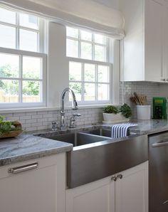 Elegant White Kitchen Sink Chrome Faucet Granite Countertop